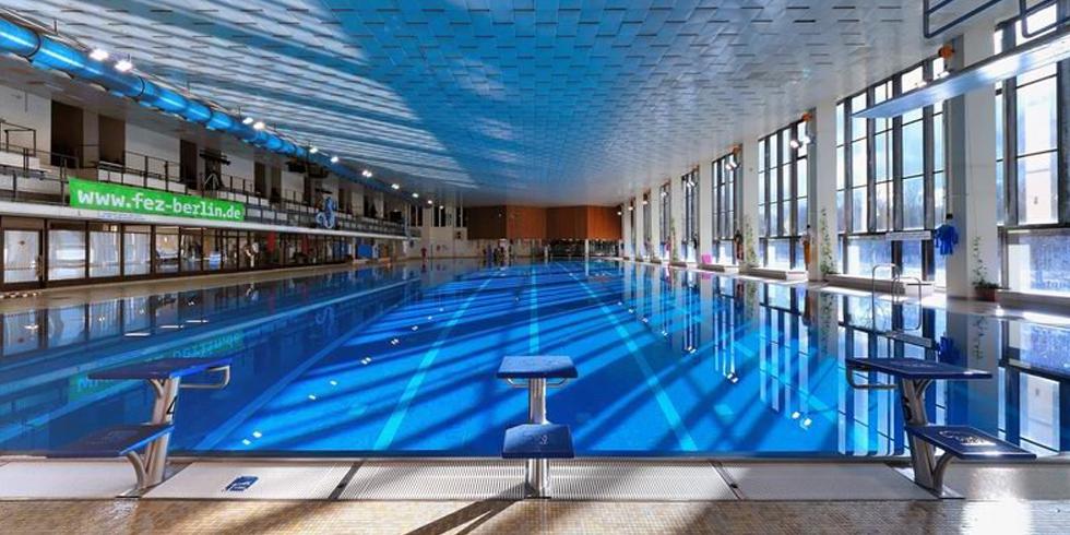 Schwimmbad im FEZ-Berlin